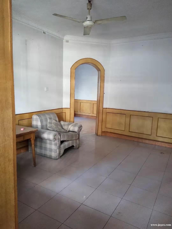 商业城二室二厅房屋急售(1049号)